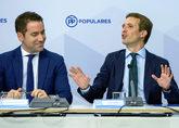 El secretario general y el presidente del PP, Teodoro García Egea y...