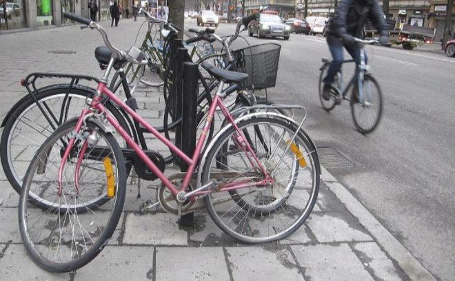 Los suizos aprueban en referéndum incorporar la bicicleta a su Constitución