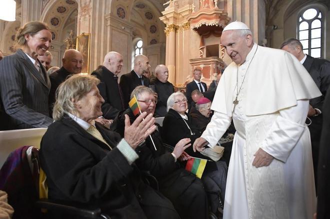 El Papa advierte contra el regreso de los guetos y la tentación de la xenofobia
