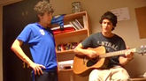 Cepeda en el vídeo cantando hace diez años  'Tal como eres', de El...