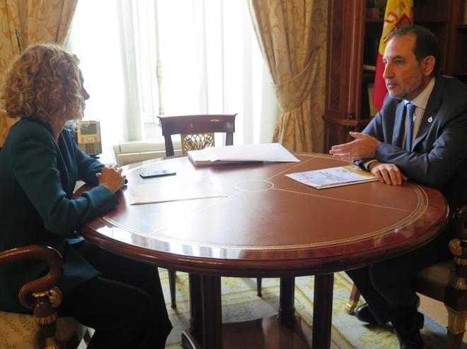 Espadaler presenta a Batet una propuesta para reconocer a Cataluña como nación y mejorar su financiación