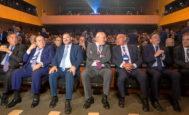 Autoridades políticas y empresarios en el acto de impulso al Corredor Mediterráneo celebrado en Barcelona, organizado por la Asociación Valenciana de Empresarios (AVE).