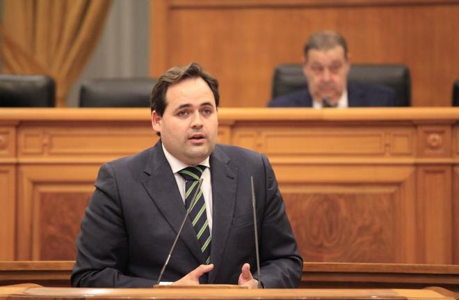 Francisco Núñez, durante su intervención en un pleno en las Cortes...