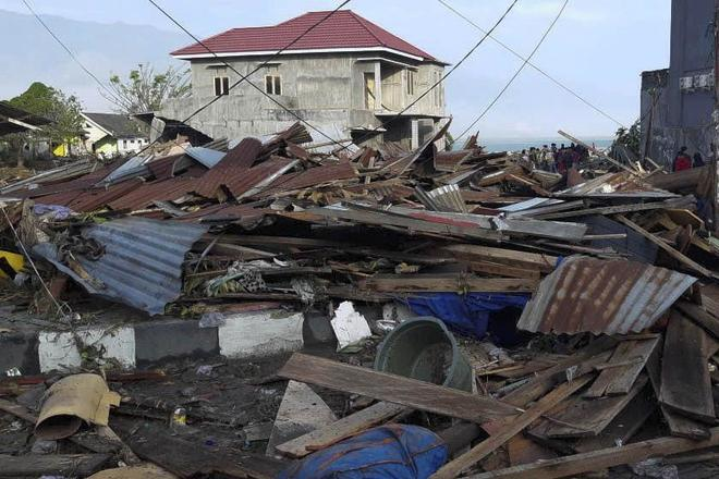 Casas destruidas tras el terremoto en Palu (Indonesia).