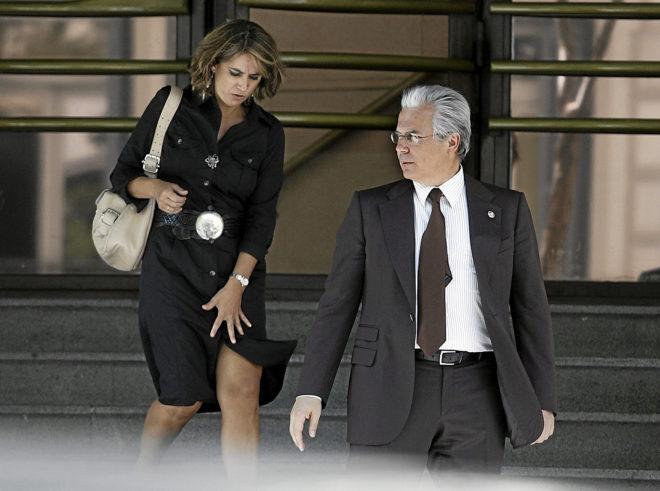 La actual ministra de Justicia, Dolores Delgado, y el juez Baltasar...