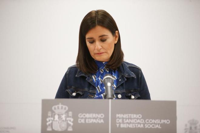 Carmen Montón, en el momento de anunciar su dimisión.