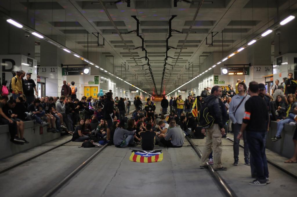 1 de octubre  Manifestación por el 1-0 b287b37cbe1