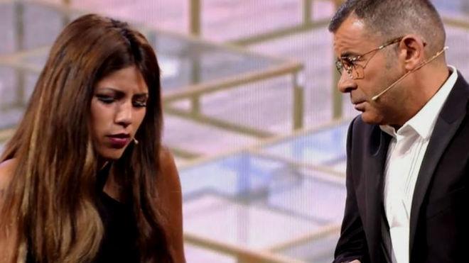Jorge Javier entrevista a Isa Pantoja en la gala de GH VIP.