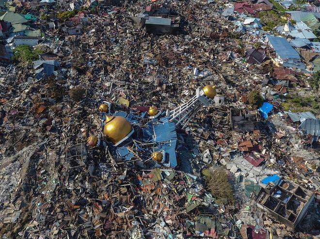 Imagen aérea de Palu, en Indonesia, tras el tsunami.
