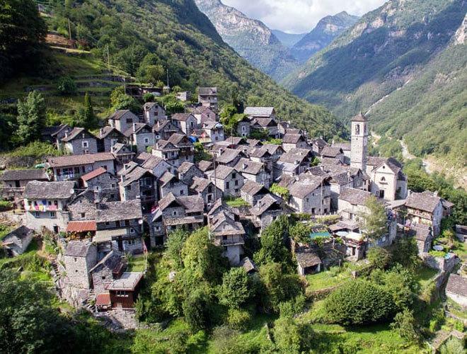 Panorámica de Corippo, en el cantón suizo de Tesino.