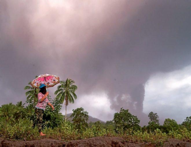 El tsunami que despertó al volcán