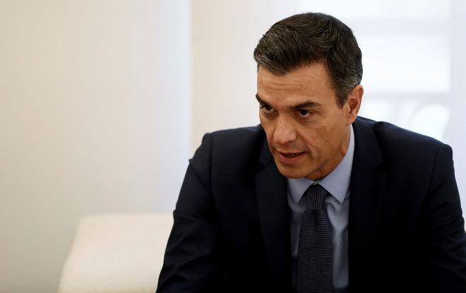 El presidente del Gobierno, Pedro Sánchez, en una reunión en el...