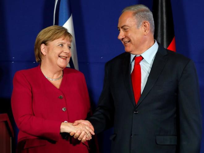 La canciller alemana Angela Merkel, con el primer ministro israelí Benjamin Netanyahu.