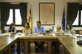 Reunión del Presidente del Gobierno, Pedro Sánchez, con sus...