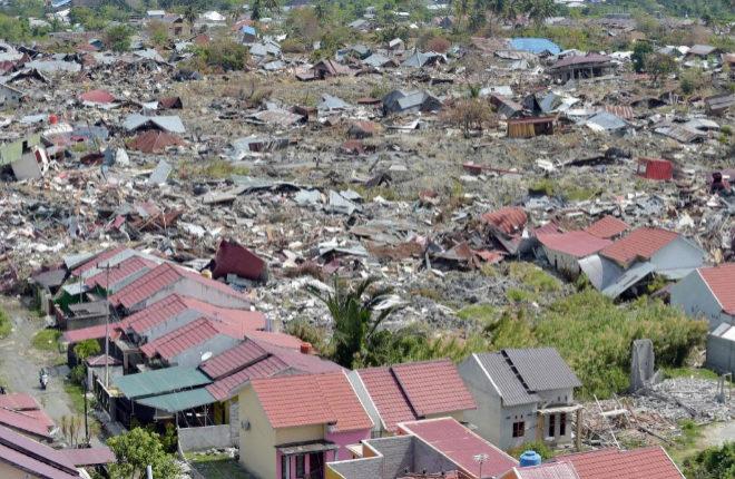 Fotografía aérea, tomada el 7 de octubre, de la devastación en el área de Petobo, en la ciudad de Palu, tras el terremoto y tsunami del 28 de septiembre