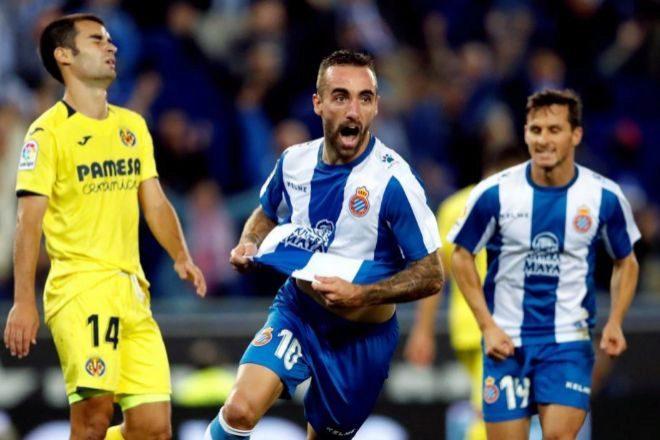 Sergi Darder  celebra su gol, el segundo del partido, ante el Villarreal