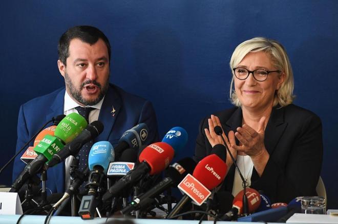 Salvini y Le Pen, durante la rueda de prensa este lunes en Roma.