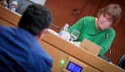 Críticas a la televisión autonómica valenciana por discriminación