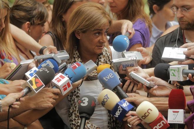 Carmela Silva, a su llegada a un acto en el Senado, en su etapa como portavoz socialista en la Cámara Alta.