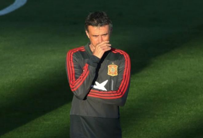 Luis Enrique, durante el entrenamiento del lunes en la Ciudad del Fútbol.