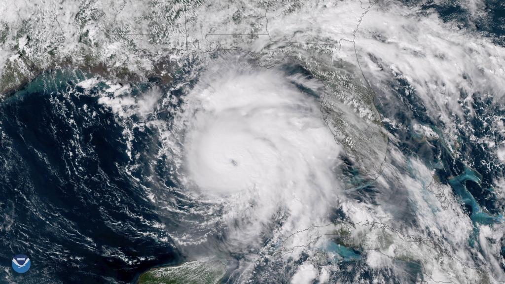 Florida se prepara para la llegada de un