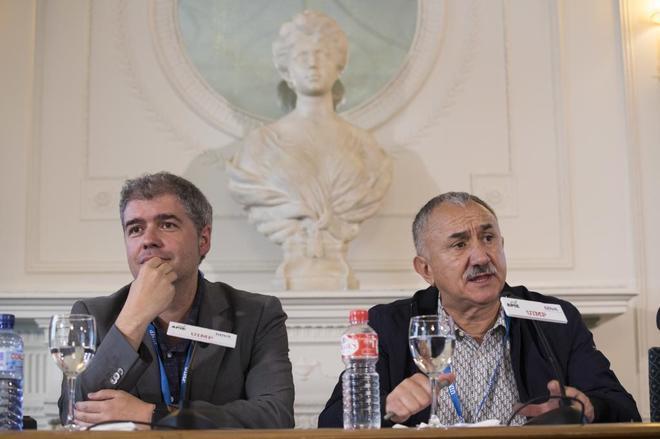 Unai Sordo, secretario general de CCOO y Pepe Álvarez, secretario general de UGT, este verano.