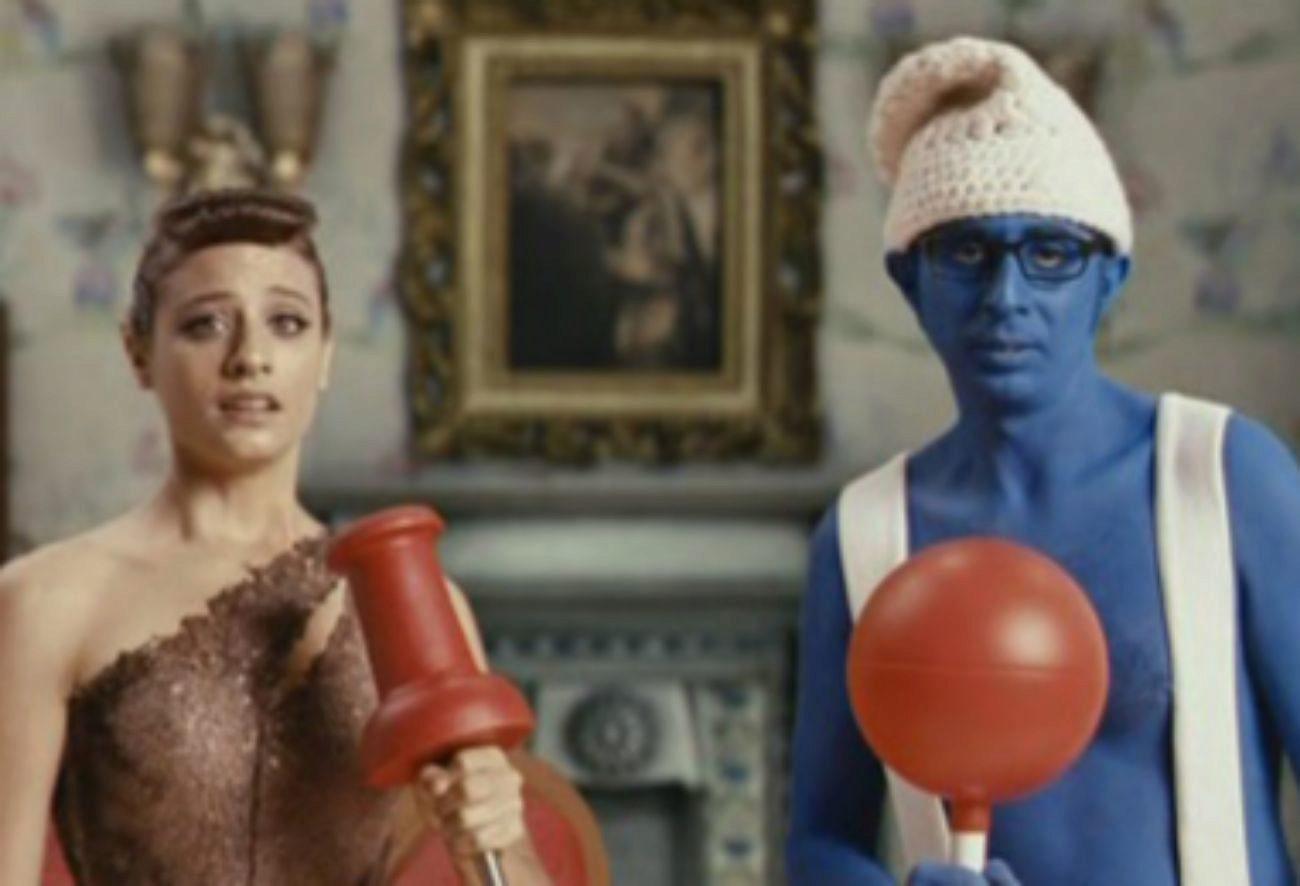 En la línea de Scary Movie, esta cinta parodia películas españolas...