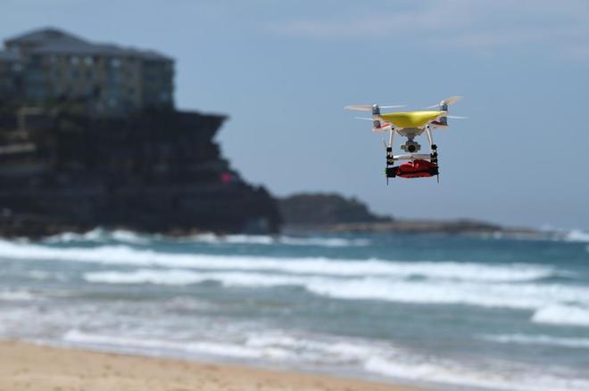 Dron en una playa