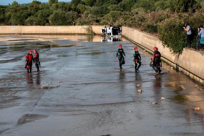 Los equipos de emergencia trabajando en Mallorca.