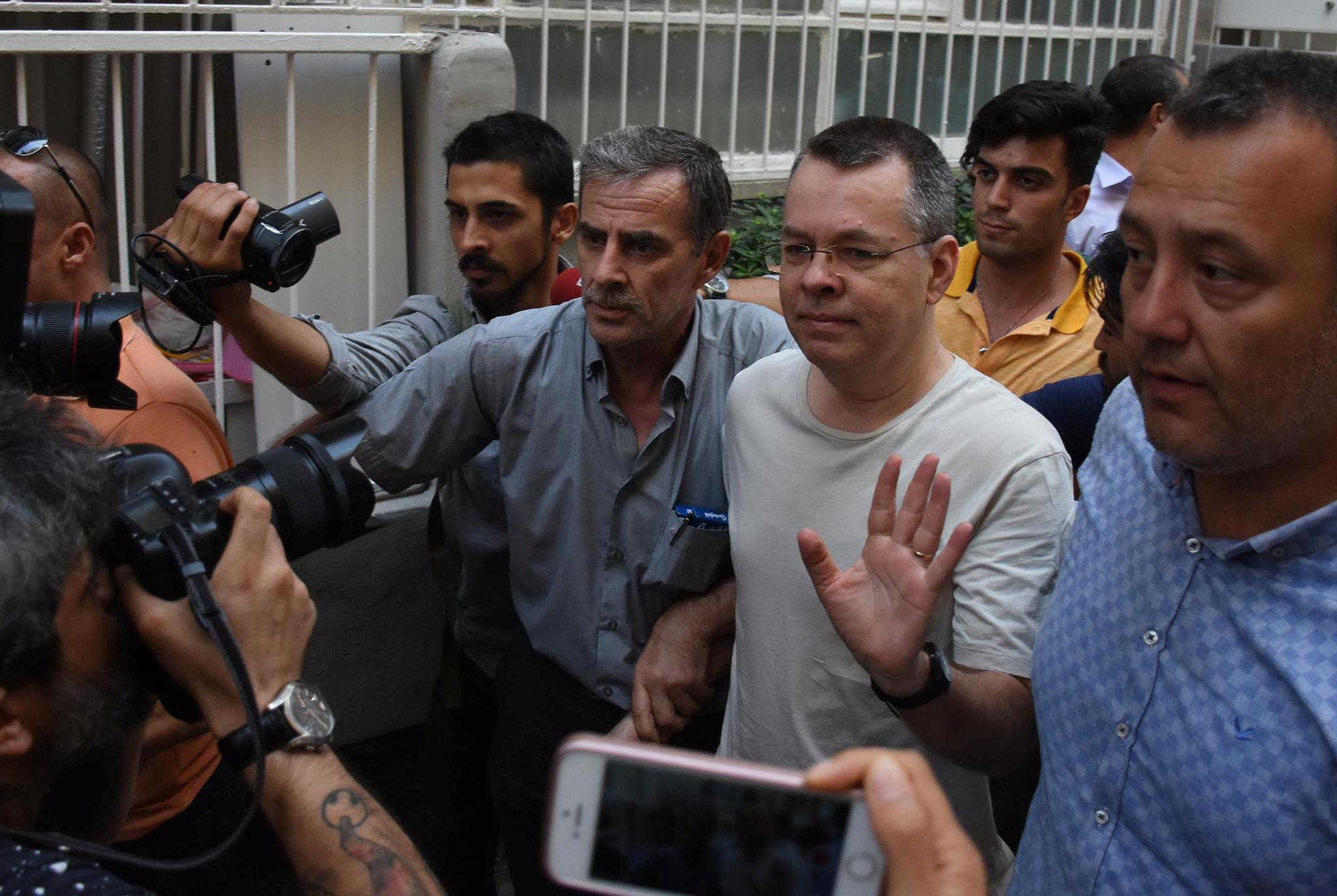 El juez turco permitirá la liberación del pastor evangélico estadounidense Andrew Brunson