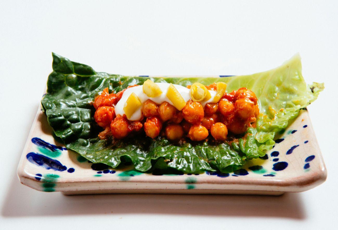 Cocido de garbanzos ecológicos con pringá y guindilla coreana con...