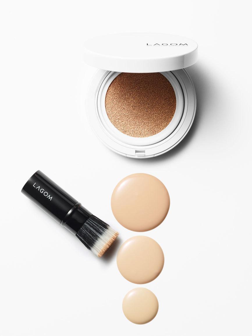Tres tonos ideales con polvera, espejo y una brocha perfecta para...
