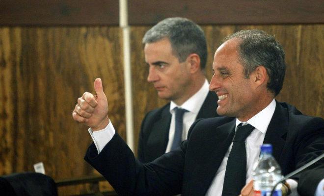 El ex presidente de la Generalitat, Francisco Camps, junto a Ricardo Costa.