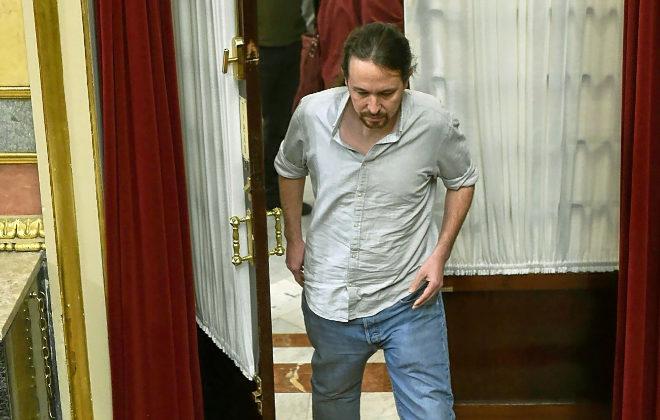 Los socios de Pedro Sánchez le instan a que no defienda al Rey Felipe VI en el Tribunal Constitucional