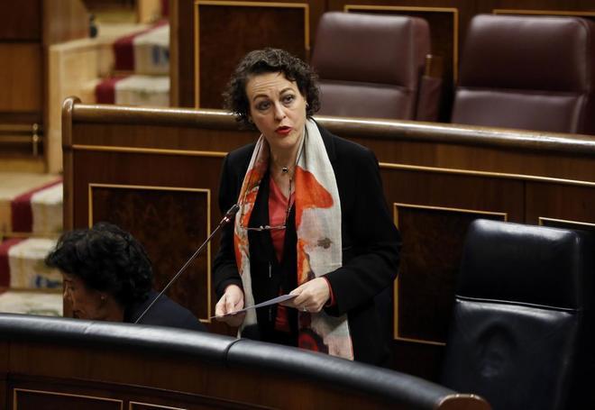 La ministra de Empleo, Magdalena Valerio, en el Congreso.