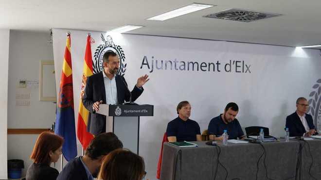 Carlos González, ayer martes, durante su intervención en el debate del estado de la ciudad.