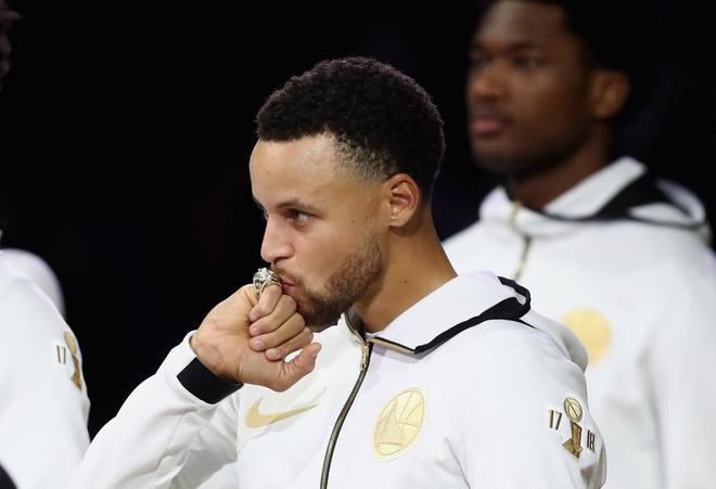 Stephen Curry y Jayson Tatum 'ganan' la primera noche de la NBA