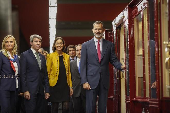 Felipe VI preside el acto conmemorativo del centenario de la L1 del metro de Madrid.
