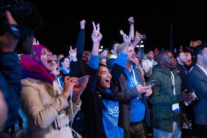 Algunos de los jóvenes asistentes al One Young World.
