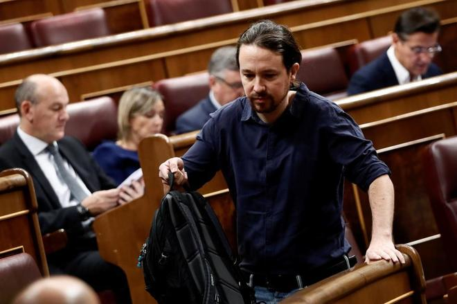 Pablo Iglesias, líder de Podemos, poco antes del inicio del pleno en el Congreso de los Diputados.