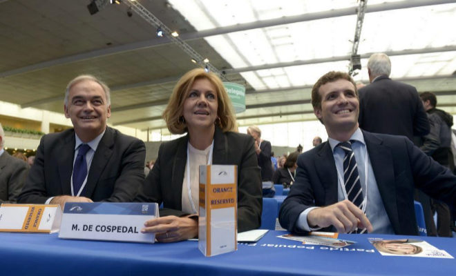 González Pons, junto a Pablo Casado y Cospedal, en el Congreso Europeo del PP.
