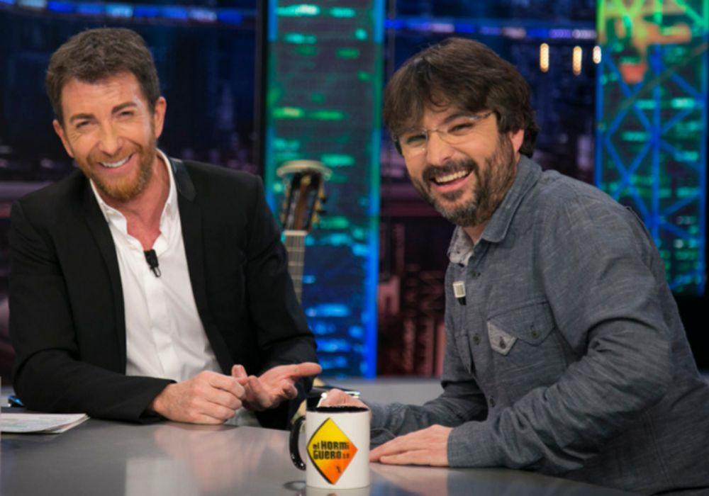Pablo Motos y Jordi Évole durante su entrevista en El Hormiguero.