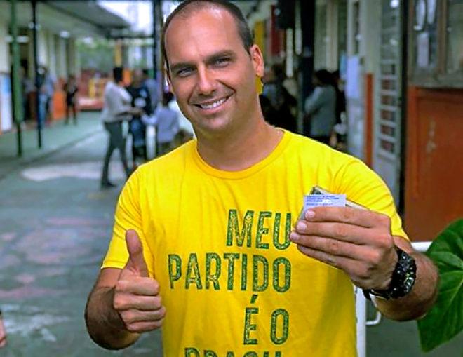 Eduardo Bolsonaro,en una foto de campaña.