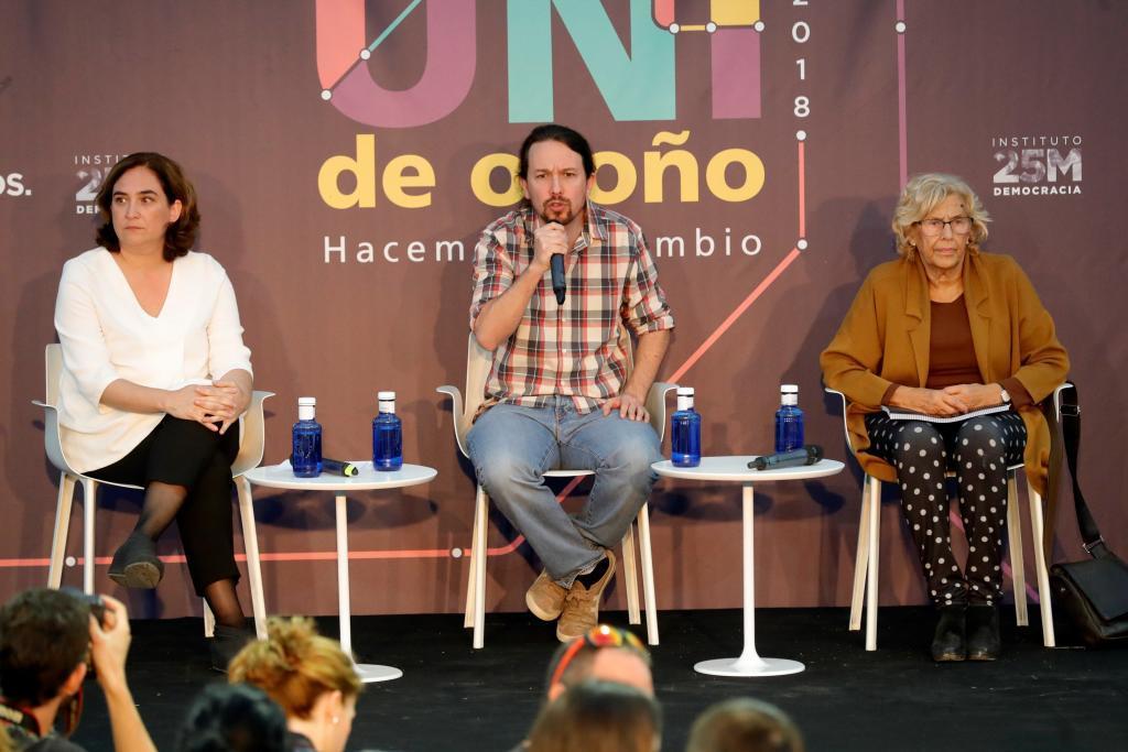 Acto de Podemos con Ada Colau, Pablo Iglesias y Manuela Carmena.
