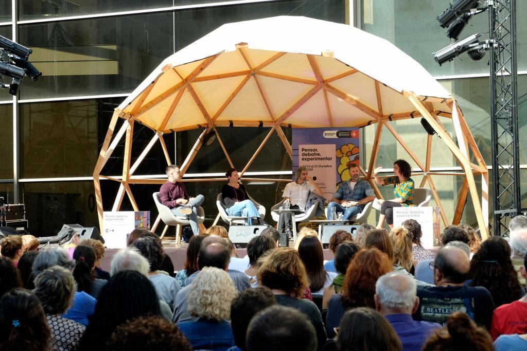 Barcelona, un ágora de pensamiento: cierra la bienal con 20.000 asistentes
