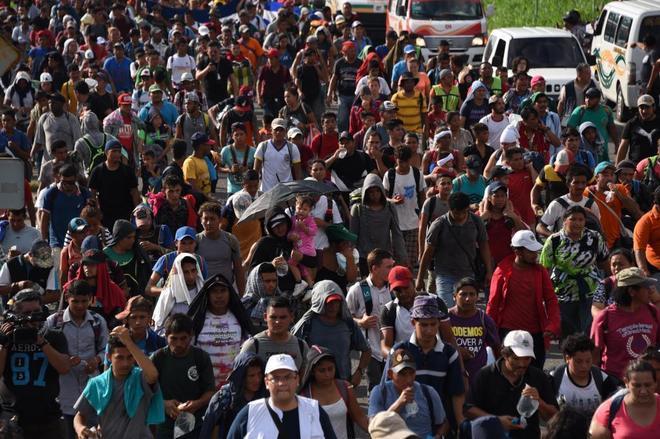 Los Inmigrantes hondureños, camino de Ciudad Hidalgo and Tapachula, en Chiapas.