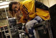 Maluma, en una foto publicada en su cuenta de Instagram oficial, posa con su nuevo aspecto