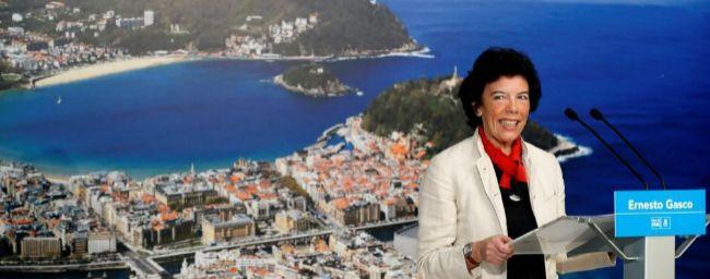 La ministra de Educación, Isabel Celaá, durante un acto socialista...