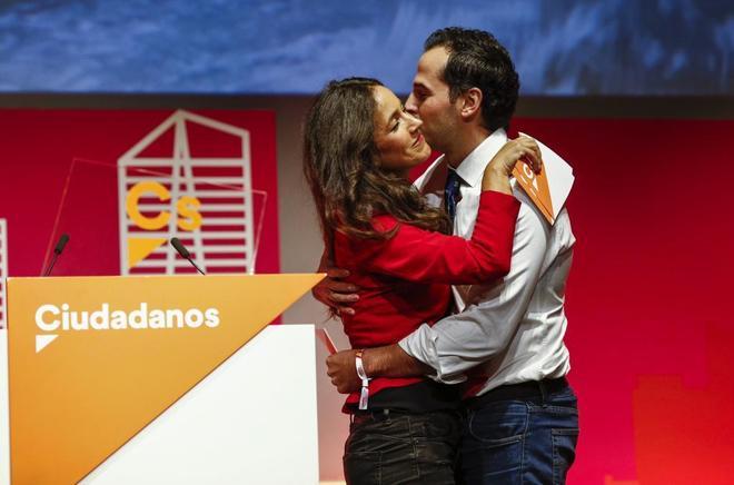 Begoña Villacís e Ignacio Aguado, durante el acto.