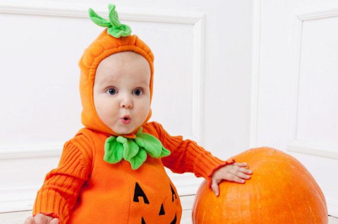 La última (y polémica) tendencia en Instagram: culitos de bebé pintados de calabaza